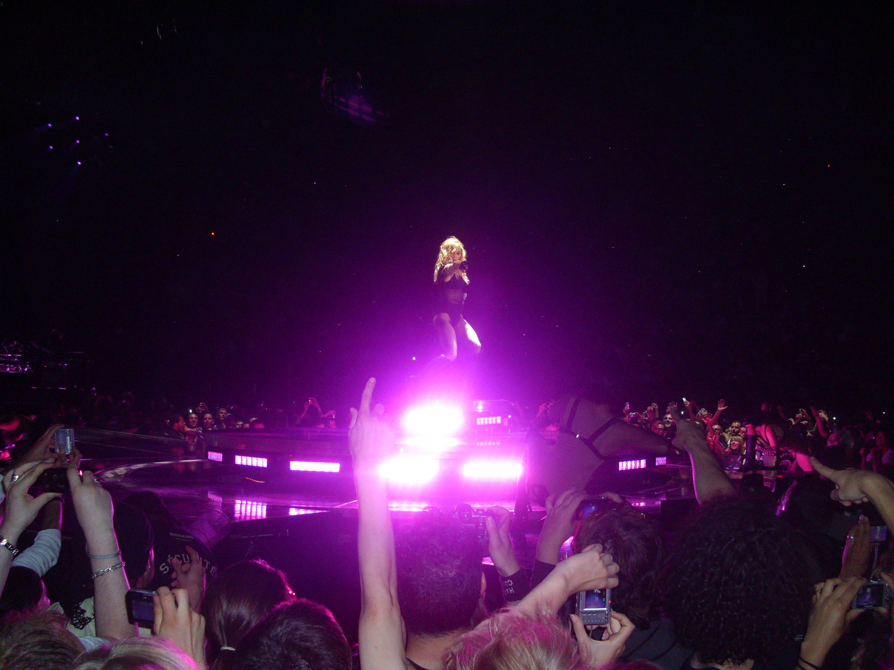 Madonna à Bercy: Magique ! dans Informations Diverses img0057